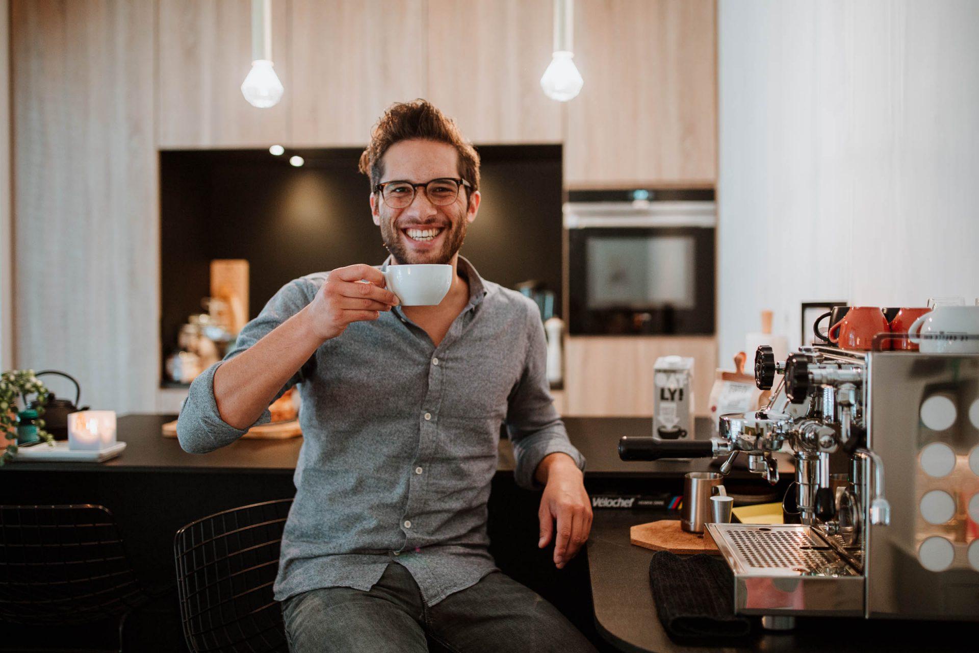 Ralph Rowena koffieliefhebbers koffie en een rocket espresso machine